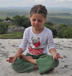 dete u meditaciji
