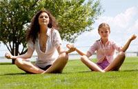 deca u meditaciji