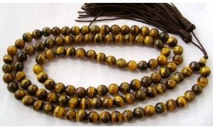 Tiger Eye Is A Gemstone That Can Be Combined With An Array Of Other Stones Here Our Favorite Combination Turquoise And White Pearls